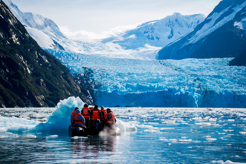 Crucero - Fiordos de Tierra del Fuego - Punta Arenas - Ushuaia
